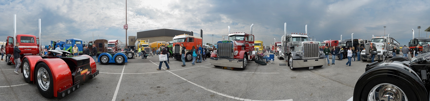 TRUCK || STOP<br/>Pride & Paint, Mid-Atlantic Truck Show<br/>Louisville, KY, March 2017