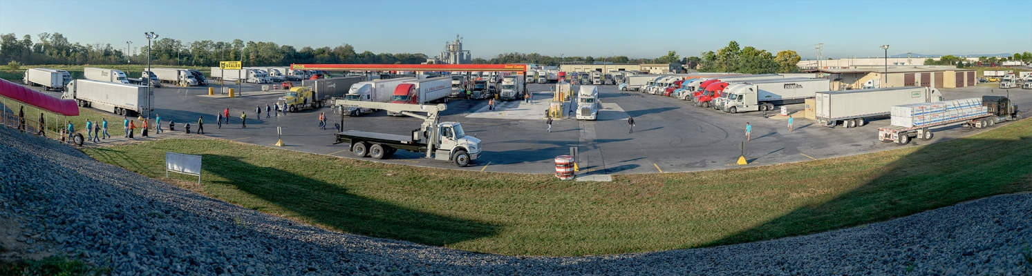 TRUCK || STOP<br/>Pilot Travel Center<br/>Hagerstown, MD; October 2017